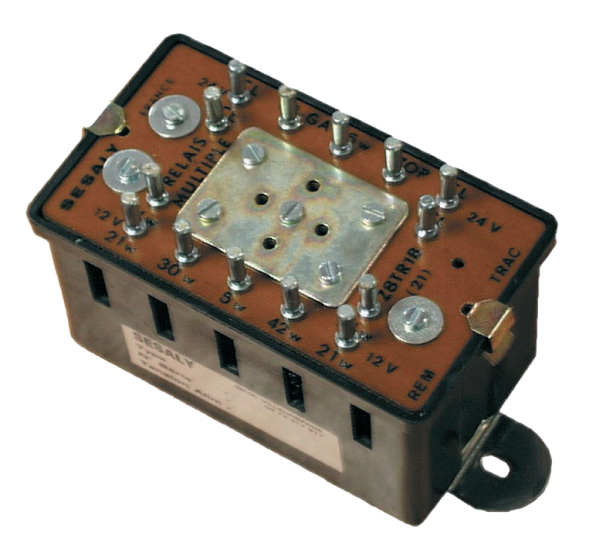 bulbs-voltage-droppers-relay.jpg