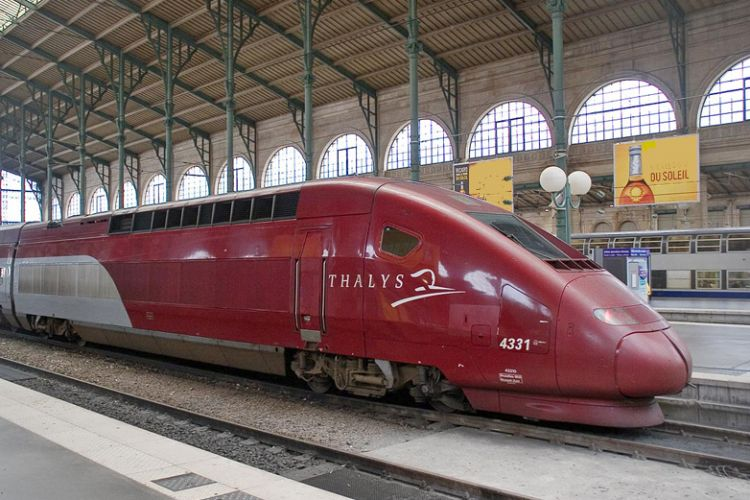 Interior-LED-lights-markings-Thalys