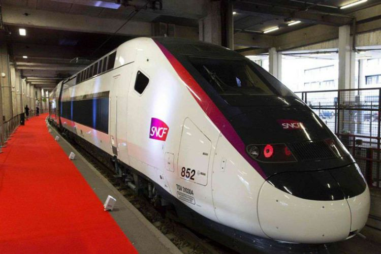 oceane-french-high-speed-train-lighting